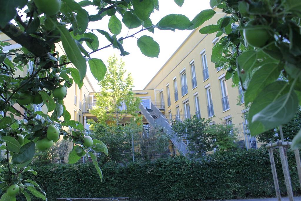 ASB-KA_Homepage_Josefshaus-Ubstadt_Garten-Seite.JPG